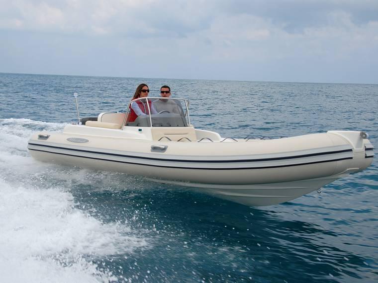 Maestrale 5.60 Festrumpfschlauchboot