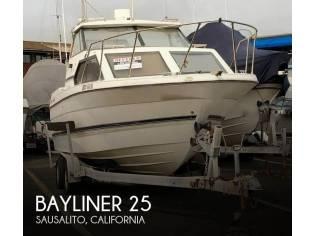 Bayliner 25