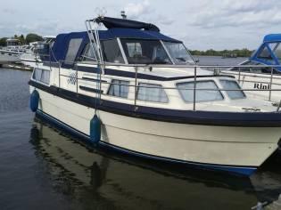 Andere Kajütwanderboot