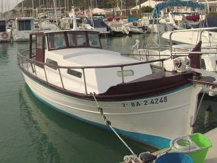 Llaut Barco de Pesca