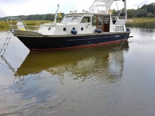 Holländischer Stahlverdränger, Kajütboot (MM)