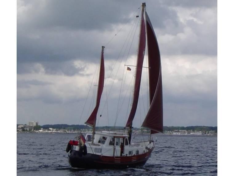 Fisher Boats Northeastern 30 in Deutschland | Motorsegelboote gebraucht 21014 - iNautia