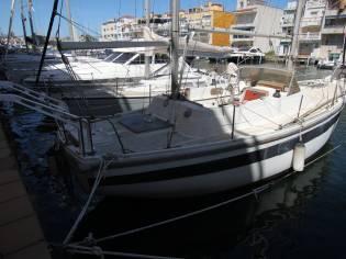 Coronado 35
