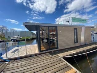 Rivo Campi 340 Houseboat