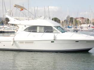 Jeanneau prestige 36 fly in ligurien motorboote for Flying spaces gebraucht