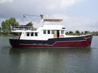 Custom Steel motoryacht Engelina