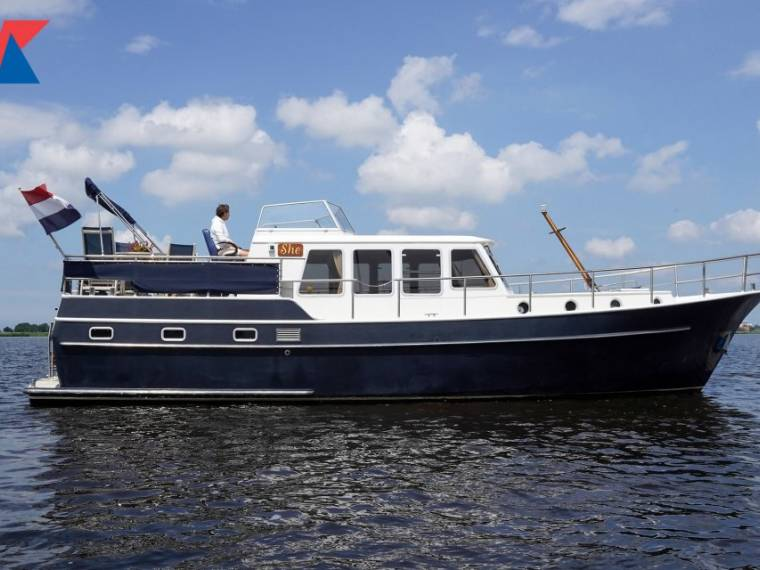 Vripack Trawler