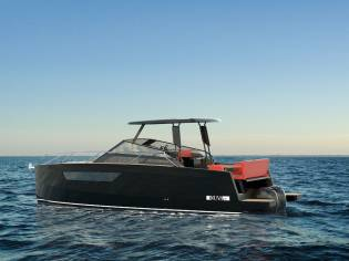 Nuva Yachts   M8 Hard Top
