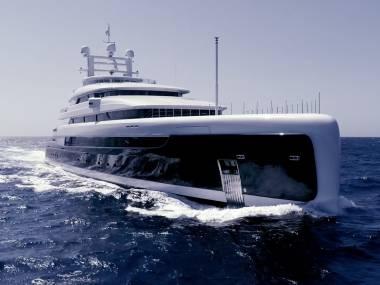 Pride Mega Yachts