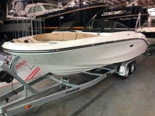 Sea Ray 210 SPX NEU Motorboot