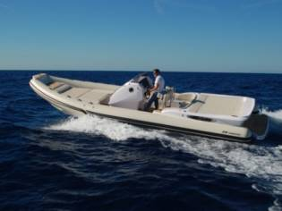 ITALBOATS STINGHER 29 DIAMOND HY45196