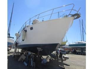 Trawler atico 48