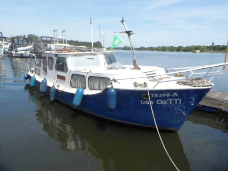hersteller unbekannt coaster 900 ak in deutschland motorboote gebraucht 35456 inautia. Black Bedroom Furniture Sets. Home Design Ideas