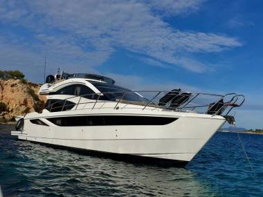 Galeon 430 Skydeck Fully equipped Med Spec.