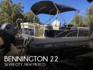 Bennington 22sx