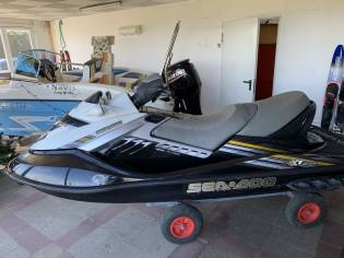 BOMBARDIER SEA DOO RXT 215