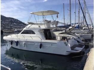Motoryacht Astinor 1275 Flybridge u. Salon (MM)