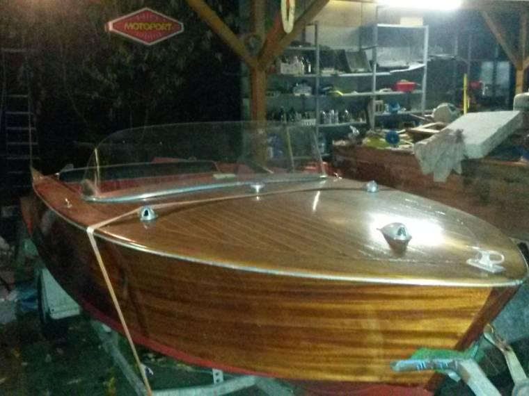 hersteller unbekannt wellenbinder in deutschland motorboote gebraucht 35454 inautia. Black Bedroom Furniture Sets. Home Design Ideas