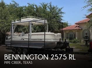 Bennington 2575 RL