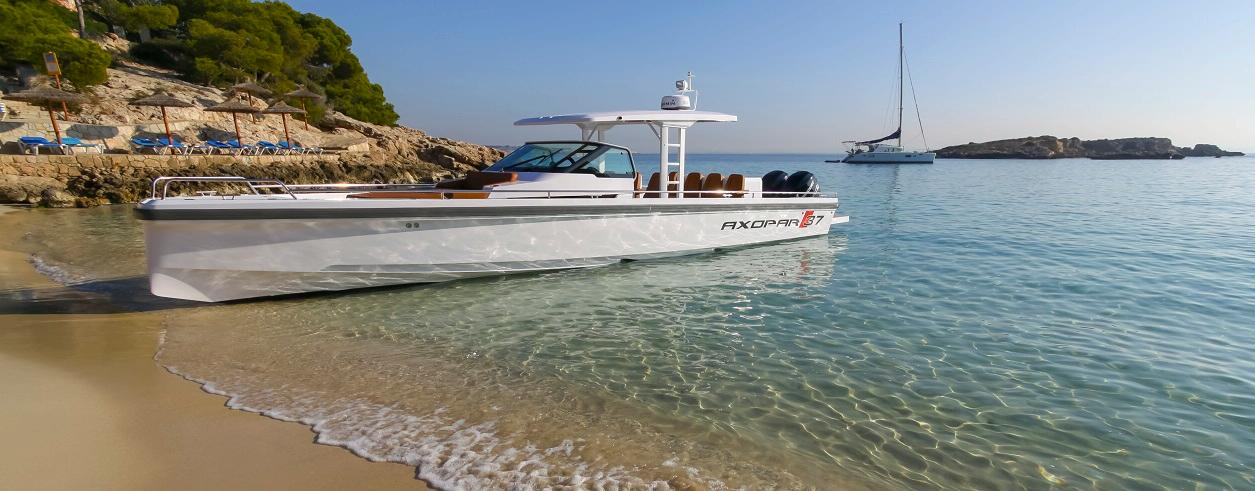 In Yachts Ibiza Foto 3