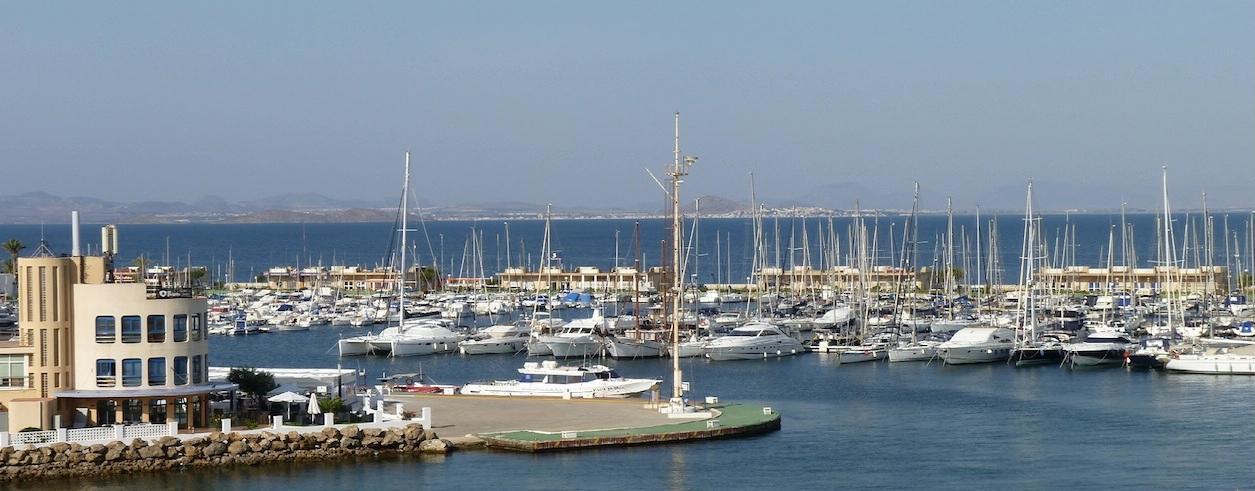 J. Olivares Yacht Broker Foto 3