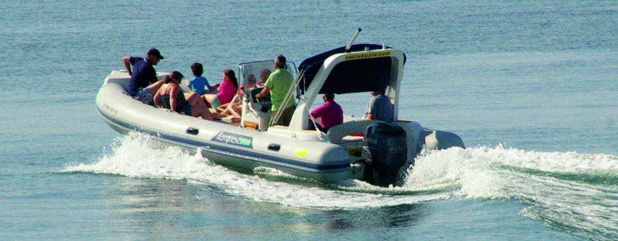 Smile Boat Rental Foto 2