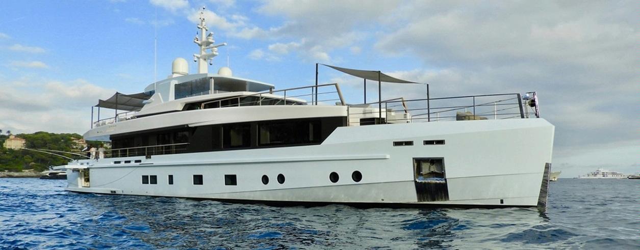 LIIR Yachts International Foto 1