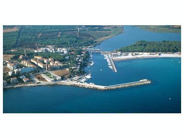 Base Nautica Usai Sardinien